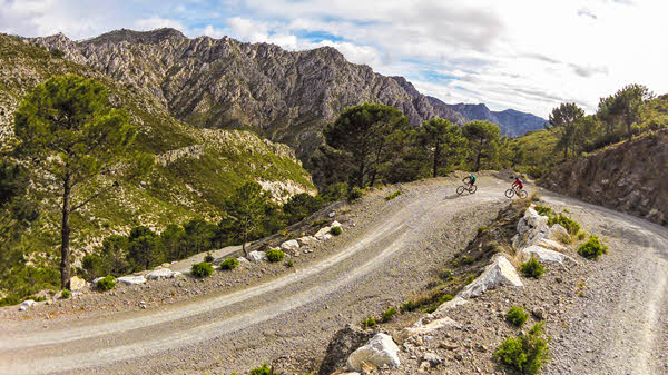 Mountain biking Lentegi