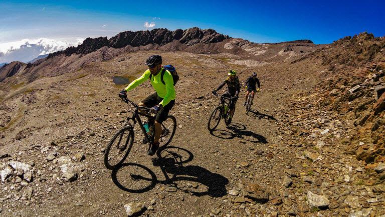 Mountain biking in Sierra Nevada
